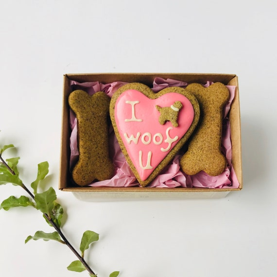 Valentine S Day Dog Treats I Woof U Homemade Dog Etsy