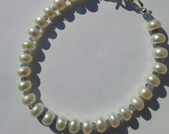 Sterling silver freshwater pearl and tanzanite 7inch bracelet