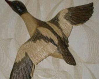 Sculpture Duck Dive