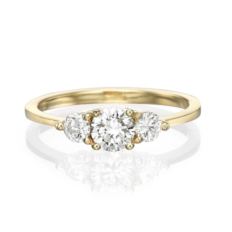b18c864e65e Bague 3 diamants bague de fiançailles diamant bague diamant
