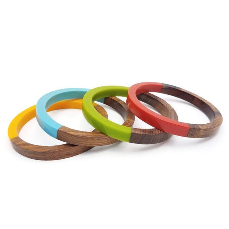 Vintage Style Jewelry, Retro Jewelry Wooden Lucite Bangle Sets - Vibrant Resin and Wooden Bangles - Set of 4 $15.00 AT vintagedancer.com