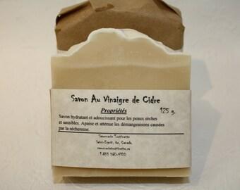 Cider vinegar soap, 100% natural handmade soap, Cold process Natural Handmade Soap, for sensitive skin, mild soap.