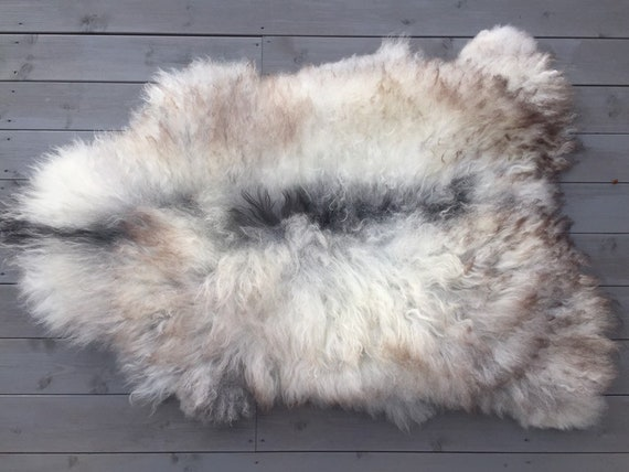 long haired Sheepskin rug soft, volumous throw natural sheep skin Norwegian pelt 19126