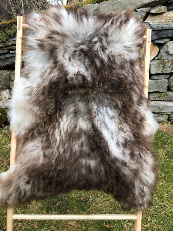 Beautiful Long haired Sheepskin natural rug supersoft pelt rugged throw from Norwegian breed sheep skin grey brown 21146