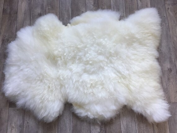 Washable sheepskin rug beautiful Norwegian white/off-white sheep skin wool throw