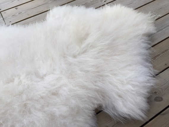 Real Sheepskin natural sheep rug supersoft pelt rugged throw from Norwegian norse breed medium locke length skin white yellow 19113