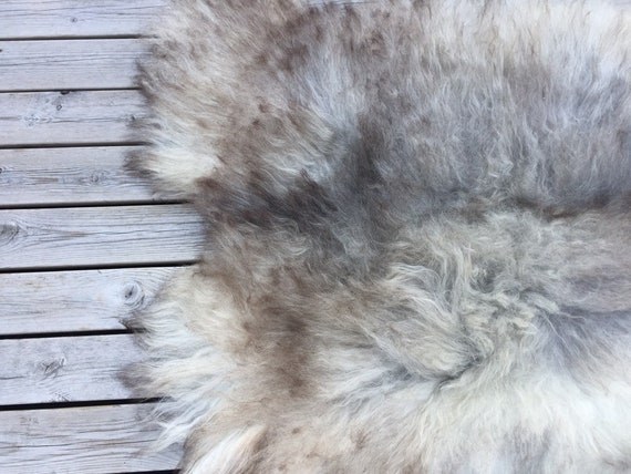 Long haired, large sheepskin rug spael sheep throw pelt grey gray brown 19063