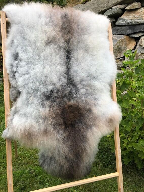 Rare Sheepskin natural rug supersoft pelt rugged throw from Norwegian breed sheep skin brown grey 21220