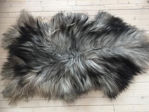 Grey long haired, large sheepskin rug spael sheep throw pelt black gray 16176