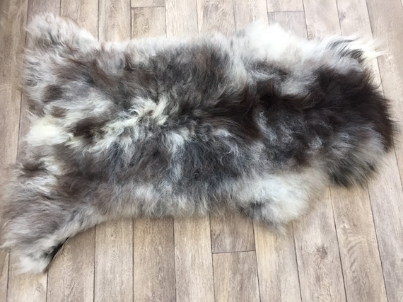 Real natural Sheepskin rug supersoft pelt rugged throw Norwegian norse breed medium locke length sheep skin grey white black brown 19041