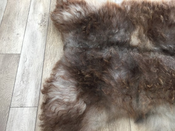 Real natural Sheepskin rug supersoft pelt rugged throw from Norwegian norse breed medium locke length sheep skin brown grey gray  19034