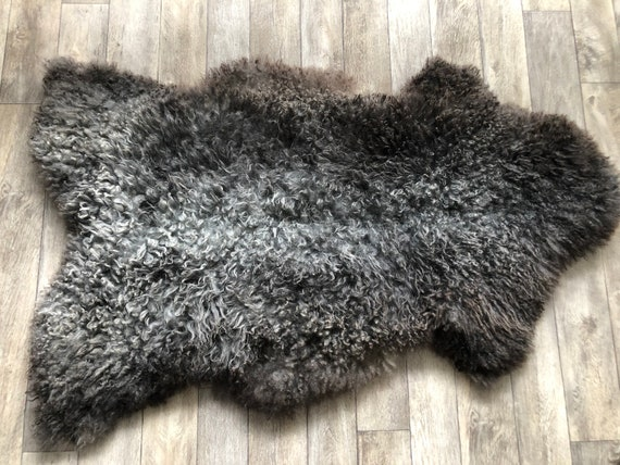 Large long haired pelt curly sheepskin rug supersoft Norwegian sheep throw grey brown- 21051