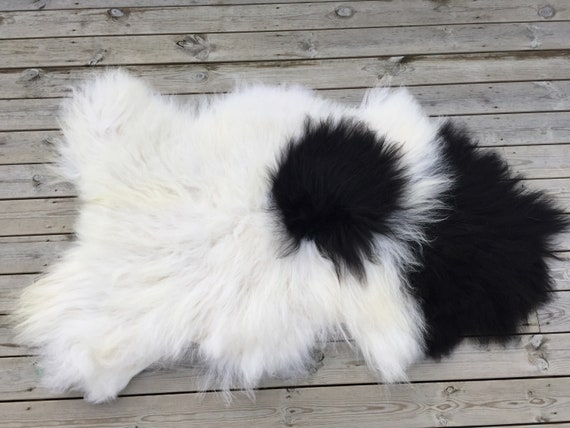 Spotted, long haired, large sheepskin rug spael sheep throw black, white - 18156