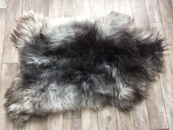 Long haired Sheepskin natural rug supersoft pelt rugged throw from Norwegian breed sheep skin black grey 19083