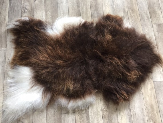 Spotted, long haired, large sheepskin rug spael sheep throw brown white - 19043