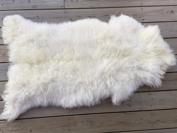 Real Sheepskin natural sheep rug supersoft pelt rugged throw from Norwegian norse breed medium locke length skin white yellow 19116