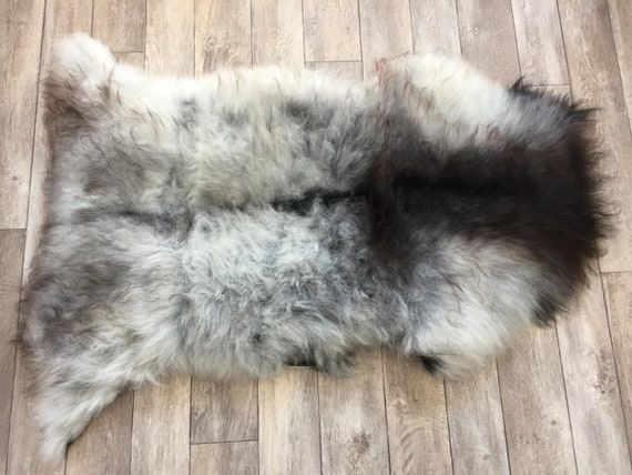 Real natural Sheepskin rug supersoft pelt rugged throw from Norwegian norse breed medium locke length sheep skin grey gray dark brown 19033
