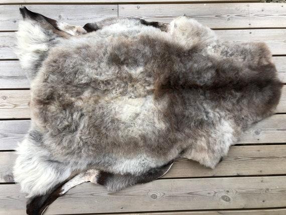Real natural Sheepskin rug supersoft pelt rugged throw from Norwegian norse breed short wool sheep skin black grey brown 20076