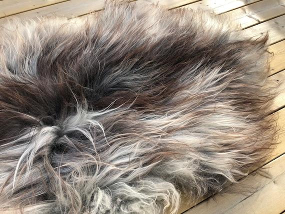Gorgeous sheepskin natural rug supersoft pelt rugged throw from Norwegian breed sheep skin grey brown 20042