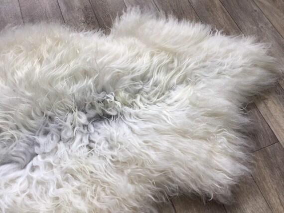 Gorgeous Sheepskin curly rug supersoft pelt lush throw from Norwegian breed sheep skin natural white grey yellow 19096