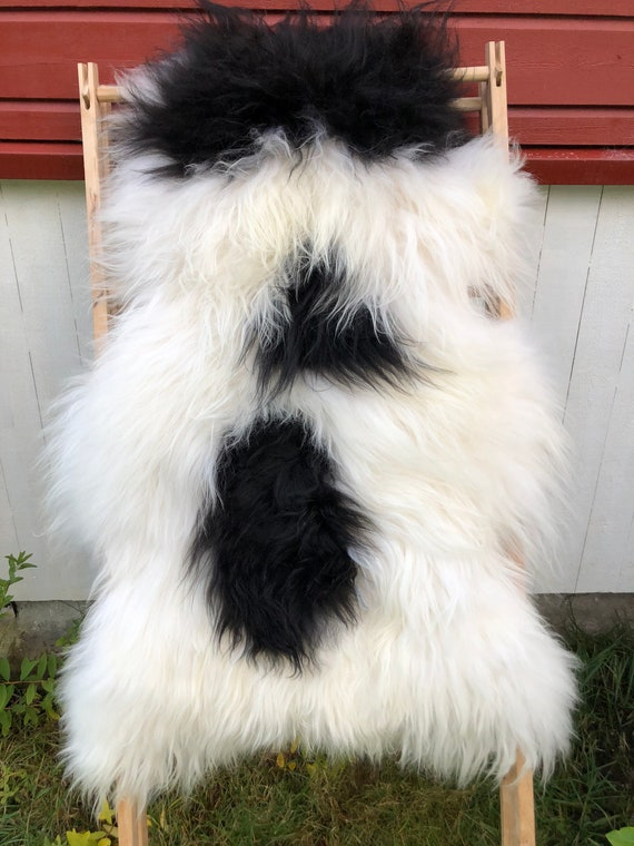 long haired pelt sheepskin rug spael sheep throw white black - 20095