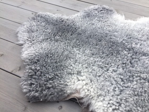 Large supersoft sheepskin exclusive rug beautiful Norwegian pelt sheep skin curly grey throw 19138