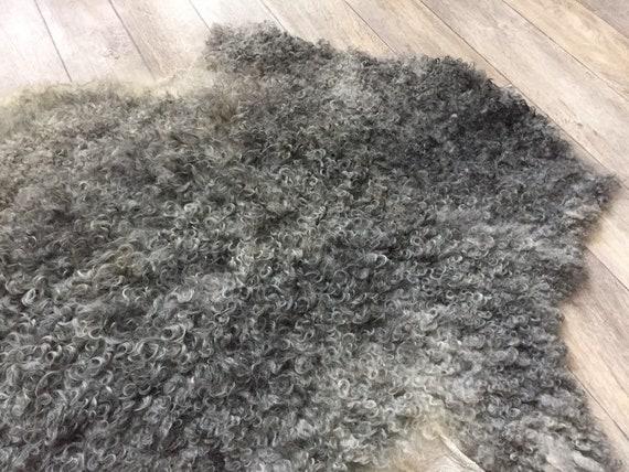 Large supersoft sheepskin exclusive rug beautiful Norwegian pelt sheep skin curly grey yellow throw 19145