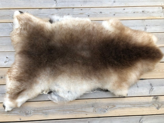 Real natural Sheepskin rug supersoft pelt rugged throw from Norwegian norse breed  short wool sheep skin grey brown 20136
