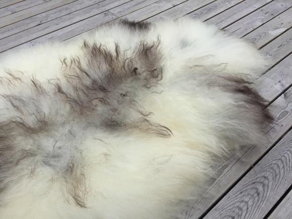 Sheepskin rug soft, volumous throw sheep skin long haired Norwegian pelt natural golden brown 18141
