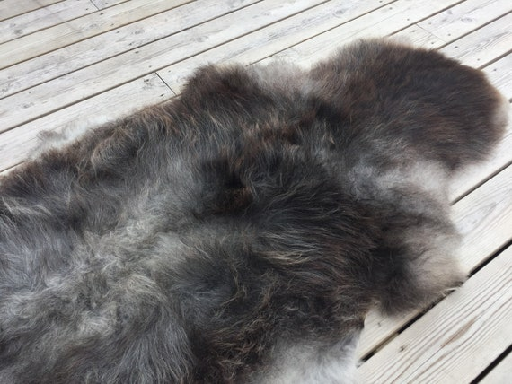 Beautiful Norwegian sheepskin high quality rug supersoft pelt rugged throw from Norwegian norse short fleece sheep skin grey 18126