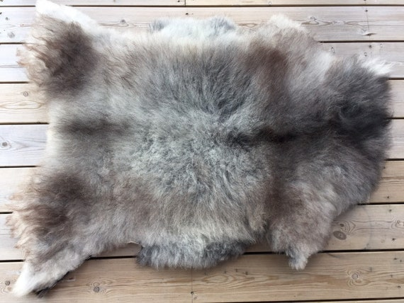 Real Sheepskin natural sheep rug supersoft pelt rugged throw from Norwegian norse breed medium locke length skin grey brown 19110