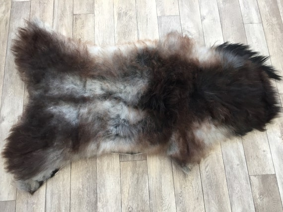 Real natural Sheepskin rug supersoft pelt rugged throw from Norwegian norse breed medium locke length sheep skin grey gray dark brown 19031