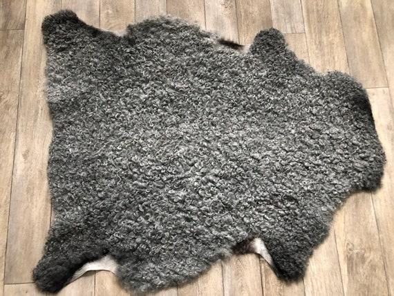 Exclusive Gotland sheepskin curly grey sheep pelt beautiful sheep skin hide 21210