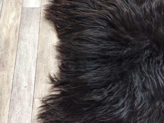 Long haired Sheepskin natural rug supersoft pelt rugged throw from Norwegian breed sheep skin black dark brown 19062