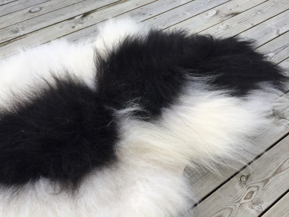 Spotted, long haired, large sheepskin rug spael sheep throw black, white - 18157