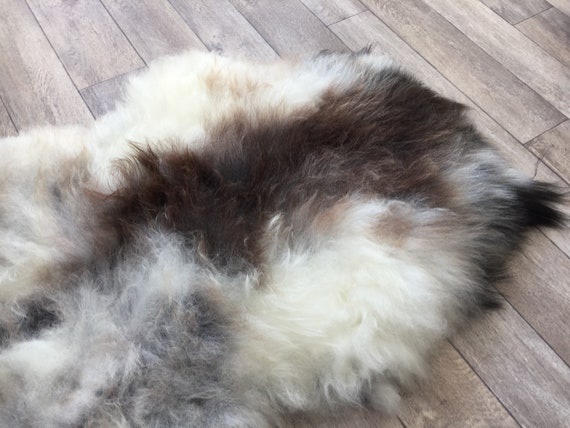 Real natural Sheepskin rug supersoft pelt rugged throw from Norwegian norse breed medium locke length sheep skin brown grey white 19035
