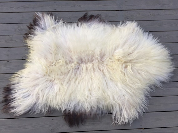 Real Sheepskin natural sheep rug supersoft pelt rugged throw from Norwegian norse breed medium length wool white yellow brown 20005