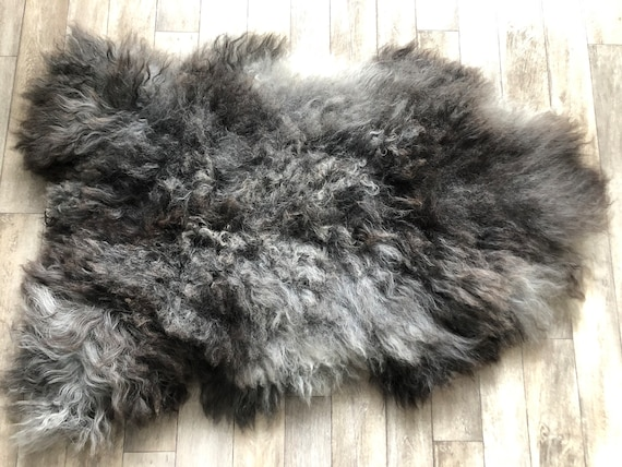 Large pelt Long haired Sheepskin natural rug supersoft pelt rugged throw from Norwegian breed sheep skin grey brown 21058