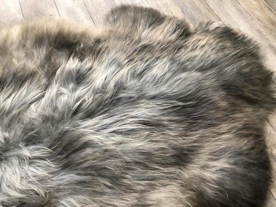 Silky soft sheepskin grey brown pelt interior rug supersoft Norwegian sheep throw 21078