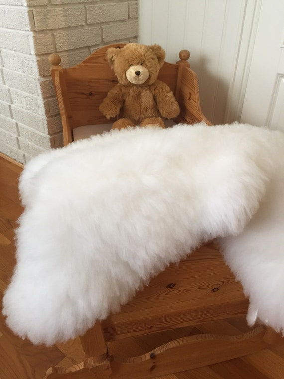 Washable baby fleece from lambskin sheepskin rug for infant nursery wool blanket baby mat shearling