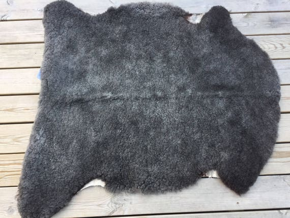 Exclusive sheepskin rug /pelt from rare Swedish Gute breed