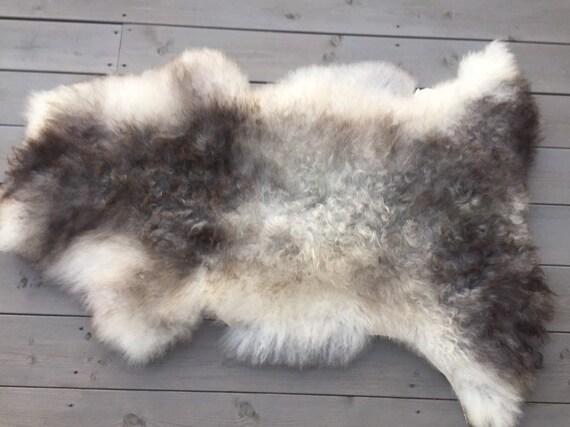 Real natural Sheepskin rug supersoft pelt rugged throw from Norwegian norse breed medium locke length sheep skin brown grey 19133