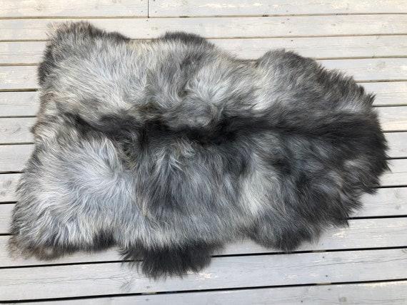 Long haired Sheepskin natural rug trendy pelt rugged throw from Norwegian breed sheep skin black grey brown 20048