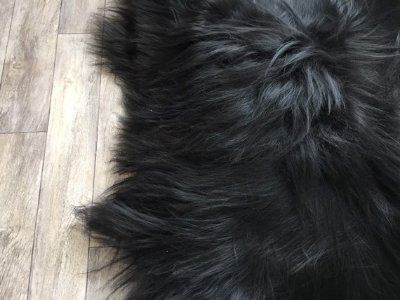 Black sheepskin long haired rug spael sheep large throw 19048