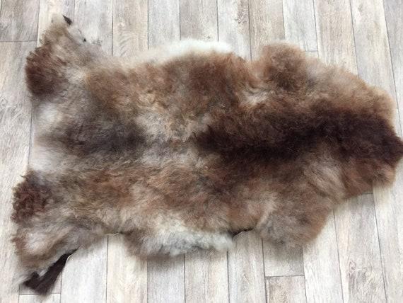 Real natural Sheepskin rug supersoft pelt rugged throw from Norwegian norse breed medium locke length sheep skin brown grey 19144