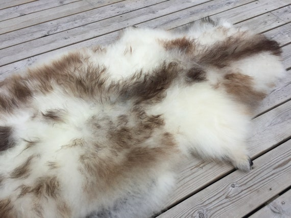Rare Norwegian sheepskin high quality rug supersoft pelt rugged throw from Norwegian norse short fleece sheep skin brown white 18129