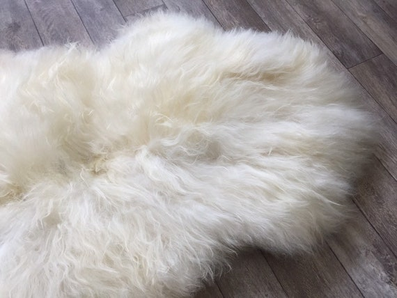 Genuine Sheepskin rugged rug supersoft pelt lush throw from Norwegian breed sheep skin natural white yellow 19090