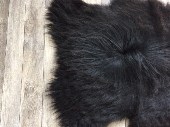Black sheepskin long haired rug spael sheep throw 19047