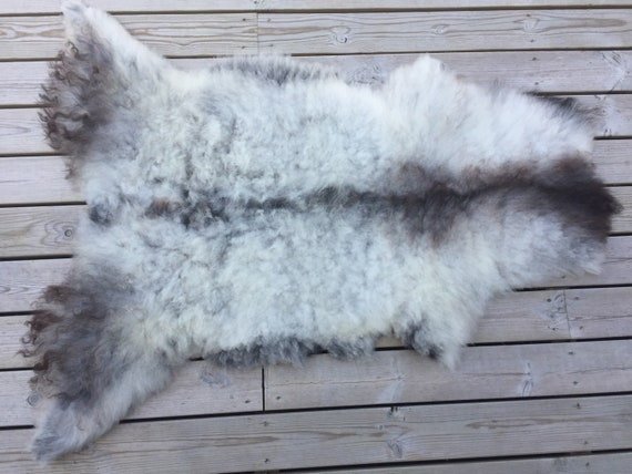 Natural Sheepskin high quality rug supersoft pelt rugged throw from Norwegian norse breed short fleece sheep skin grey 18107