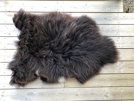 Norse Sheepskin natural rug supersoft pelt rugged throw from Norwegian breed small sheep skin brown white 21128